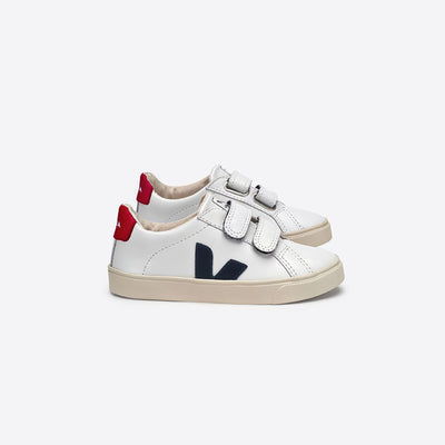 Esplar Leather White Nautico Pekin - Veja,  a designer children shoes and accessories brand based in Paris, France. Carried by Kids Edition, the best online designer children clothing boutique based in Vancouver, Canada.