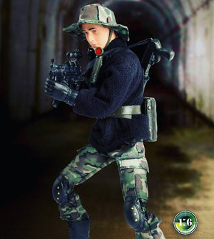Navy S.E.A.L. Tunnel Hunter