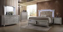 Kaitlyn 5pc Bedroom Collection