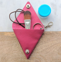 Triangle Leather Pouch / Coin Wallet Classic