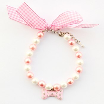 Armi Handmade White Pink Pearl Pendant Bone Necklace