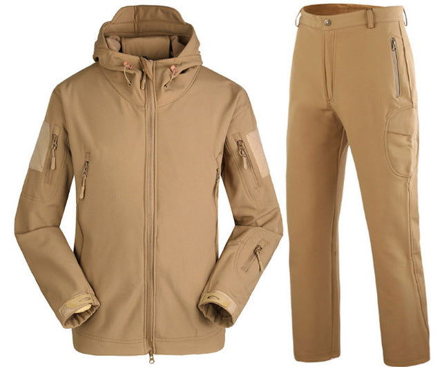 Trek-Core Outdoor Jacket Set