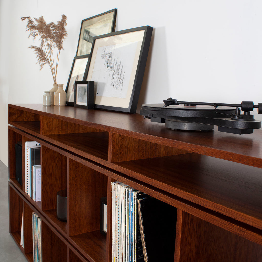 mahogany stain turntable stand