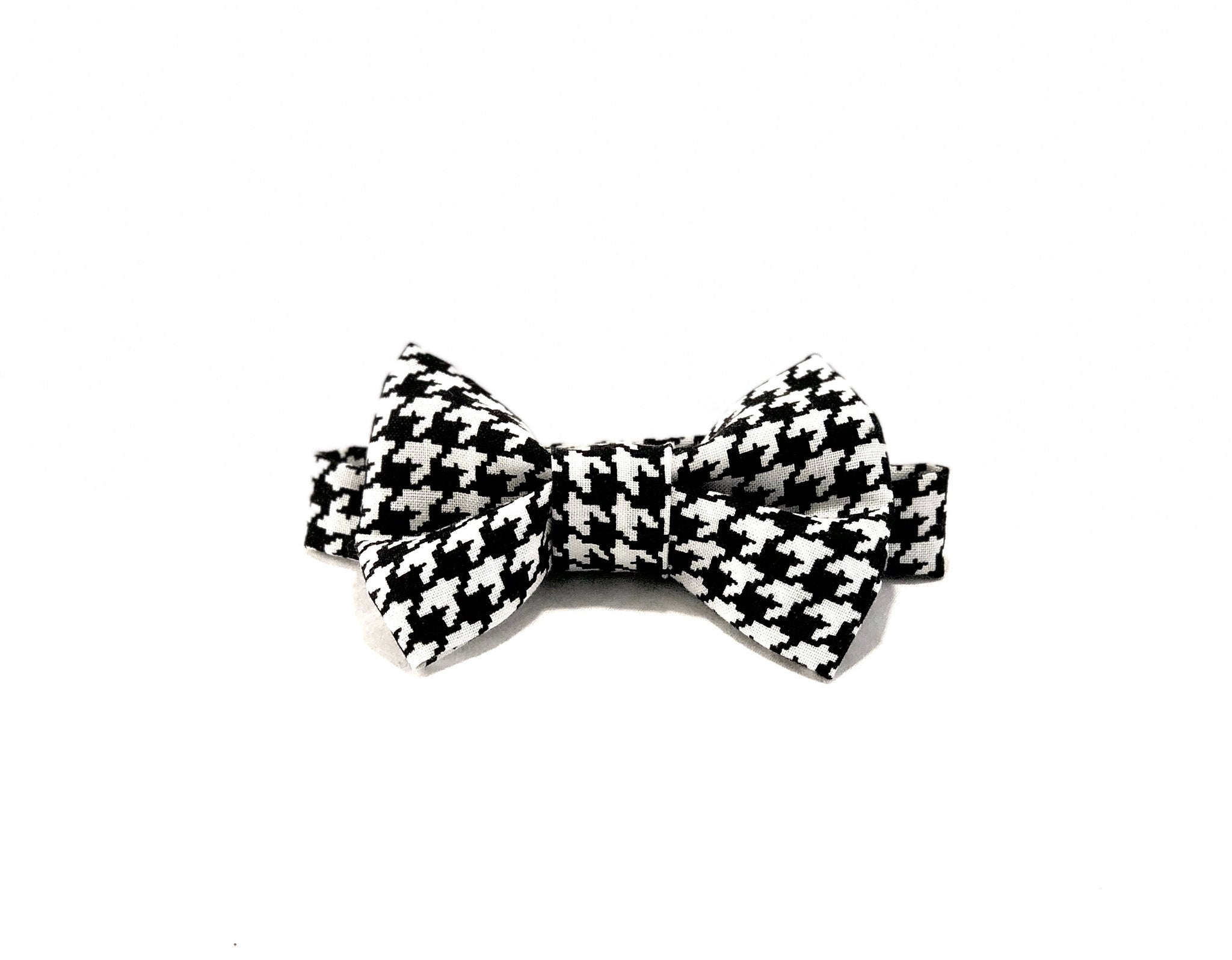 The-Hound-Of-Baker-Street-Bow-Tie-Laying