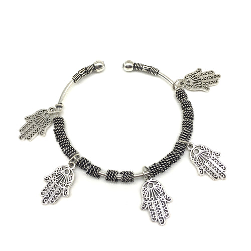 Digital Dress Room Silver Hamsa Charm Bangle