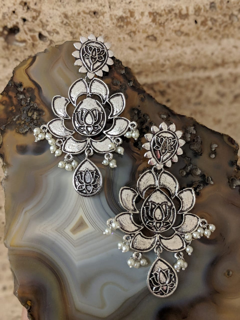 Oxidized Silver Tribal Lotus Pearl Antique Earrings - DigitalDressRoom