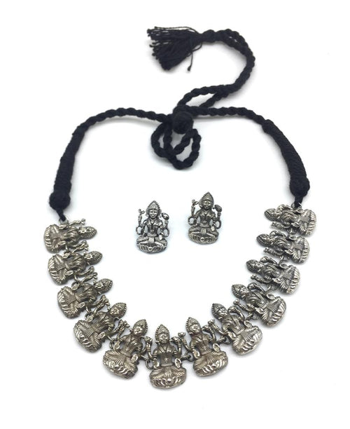 Digital Dress Room Antique God Lakshmi (Laxmi) Dancing Thread Necklace Earring Set