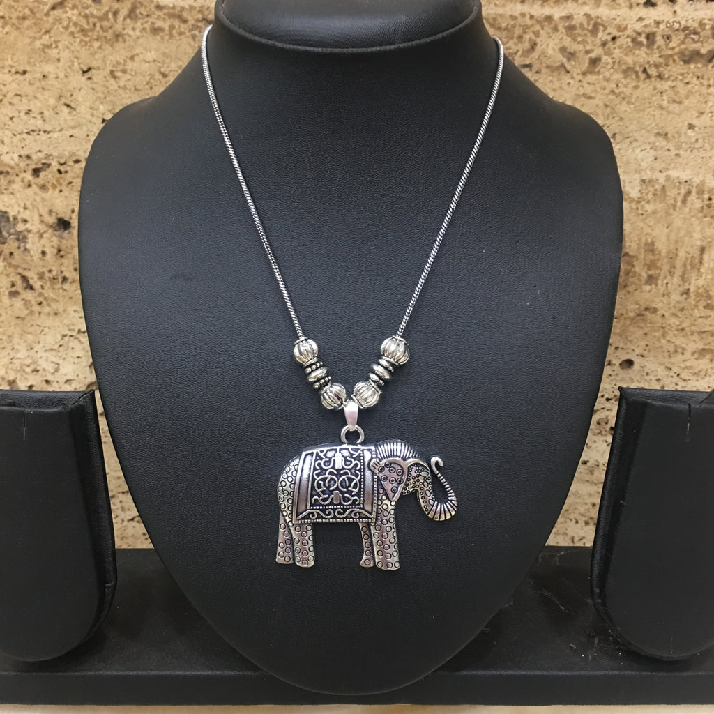 Hand crafted Silver Elephant & Calf Pendent Necklace - DigitalDressRoom