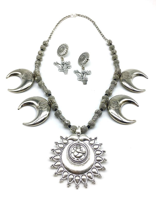 Digital Dress Room Ganesh Ji Pendant Moon Beads Chain Necklace with Stud Flower Pot Earring