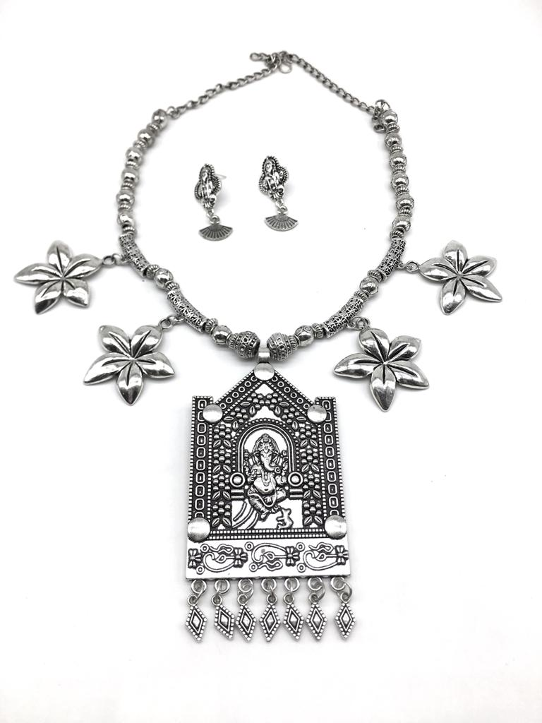 Silver Ganesh Ji Pendant Flower Beads Chain Necklace Earring Set - DigitalDressRoom