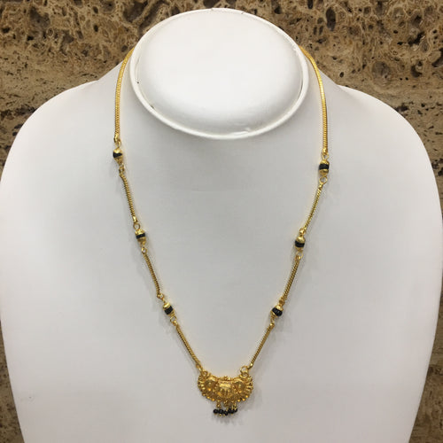 Digital Dress Room Short Mangalsutra Designs Gold Plated Latest Pendant Single Layer Chain Mangalsutra