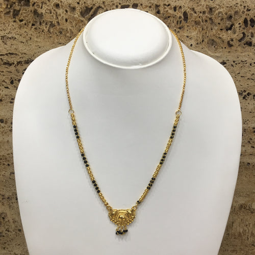 Digital Dress Room Short Mangalsutra Designs Gold Plated Latest Pendant Black & Gold Beads Single Layer Chain Mangalsutra