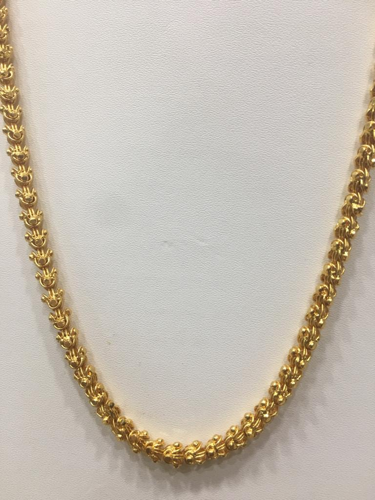 Digital Dress Room Traditional Single Line Layer Golden Necklace for Women
