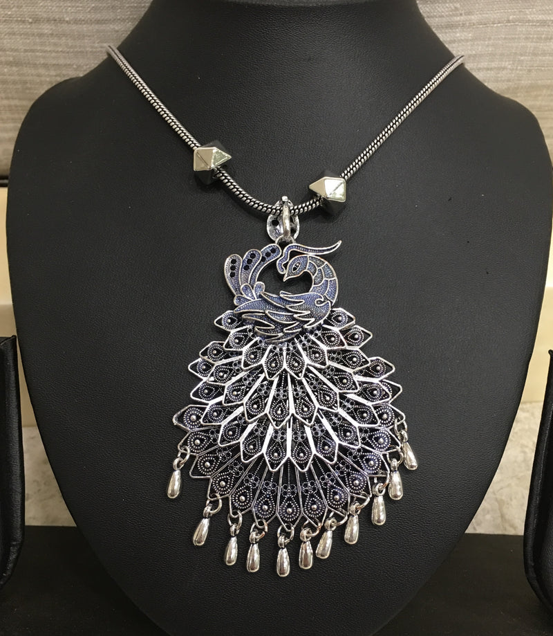 Digital Dress Room Silver Handcrafted Peacock Pendent Necklace