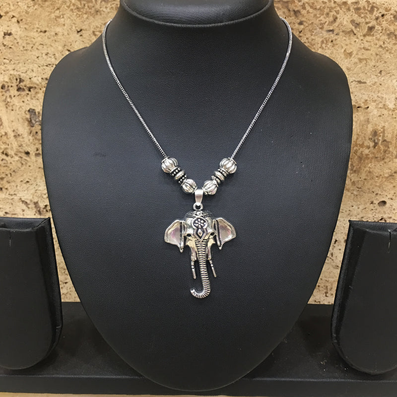 Hand Crafted Silver Elephant Face Pendent Necklace