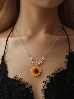 Sunflower Pearl Leaf Pendant Chain Necklace