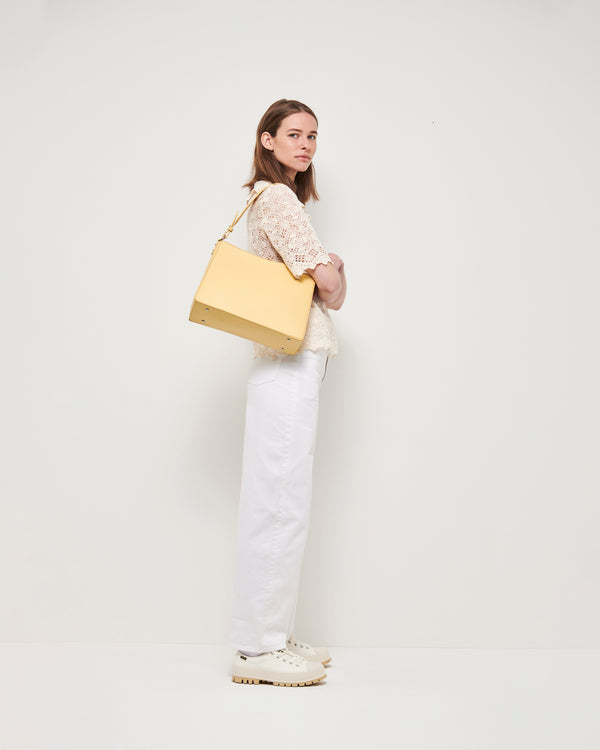 Hvisk AMBLE RESPONSIBLE Handle Bag 128 Pastel Yellow