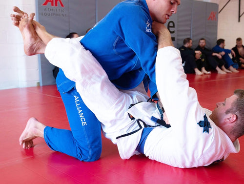 Adults 18+ Recurring Monthly (Unlimited Classes and a FREE gi)
