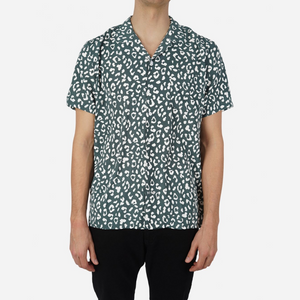 Kitty Kamo S/S Shirt - Herre Skjorte - Green - Knokleriet