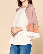Oatmeal Floral Sleeve Top (S, M, L)