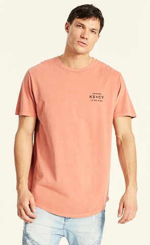 Kiss Chacey BURN DUAL CURVED HEM T-SHIRT