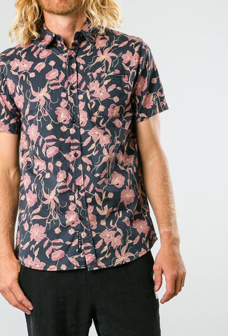 Rusty Log Cabins Short Sleeve Shirt