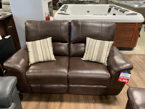 Bradford Leather Loveseat - FLOOR MODEL CLEARANCE!