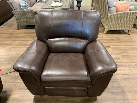 Bradford Leather Recliner - FLOOR MODEL CLEARANCE SAGINAW