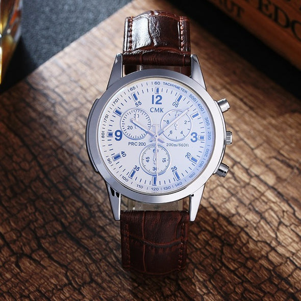 Casual leather strap watch