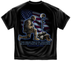 Erazor Bits T-Shirt Soldiers Kneeling Cross In Memory of Fallen Heroes American