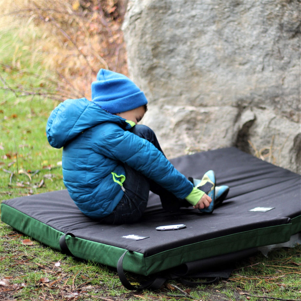 kids bouldering crash pad