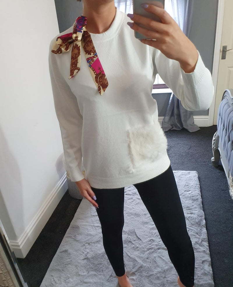 Neckerchief Jumper with Fur Pocket in White