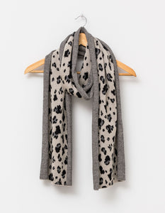 Stella and Gemma Scarf Leopard with Lurex