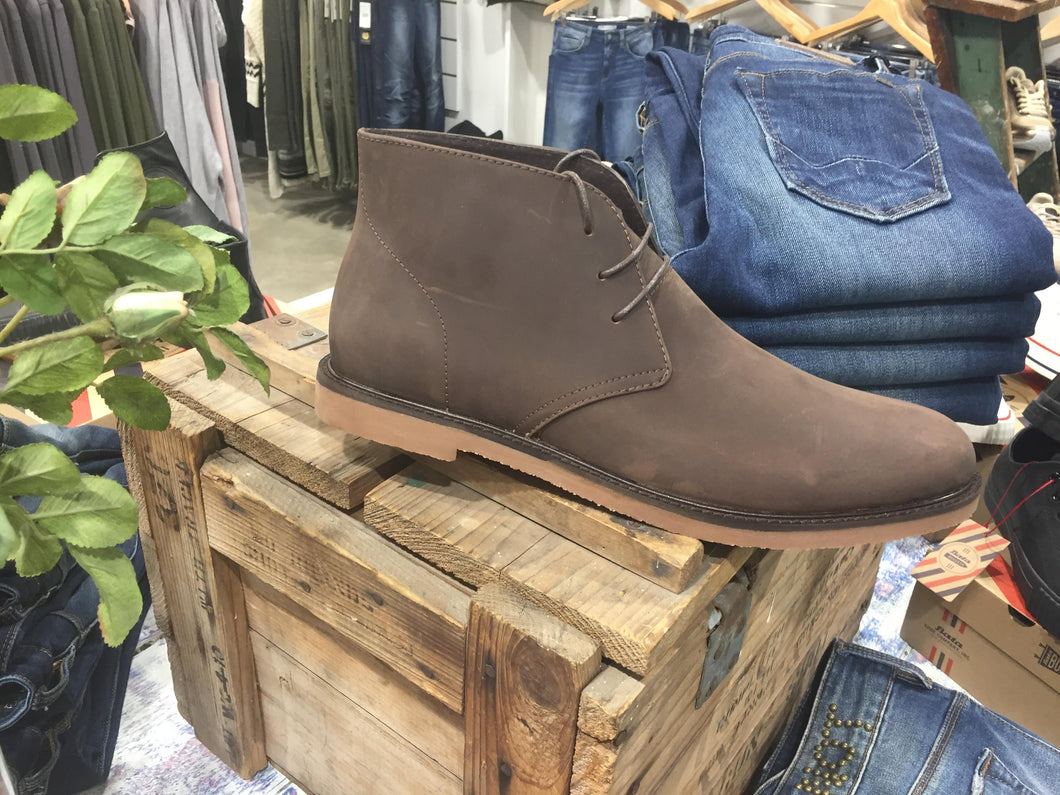 Bata Bullets Chukka Brown Oil Hide