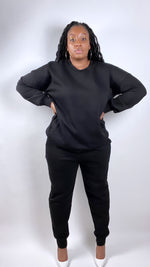 Load image into Gallery viewer, Black crewneck sweatsuit (PLUS) - SADE GLAMOUR