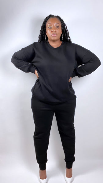 Black crewneck sweatsuit (PLUS) - SADE GLAMOUR