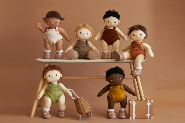 Meet the Dinkum Dolls!