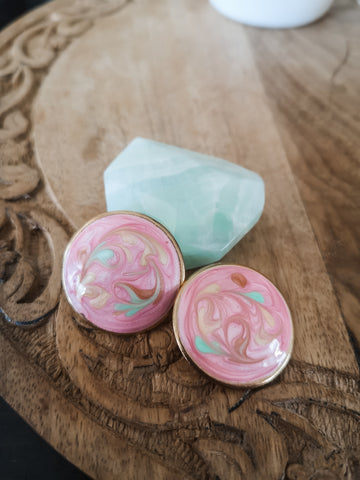 Earrings- pink swirl