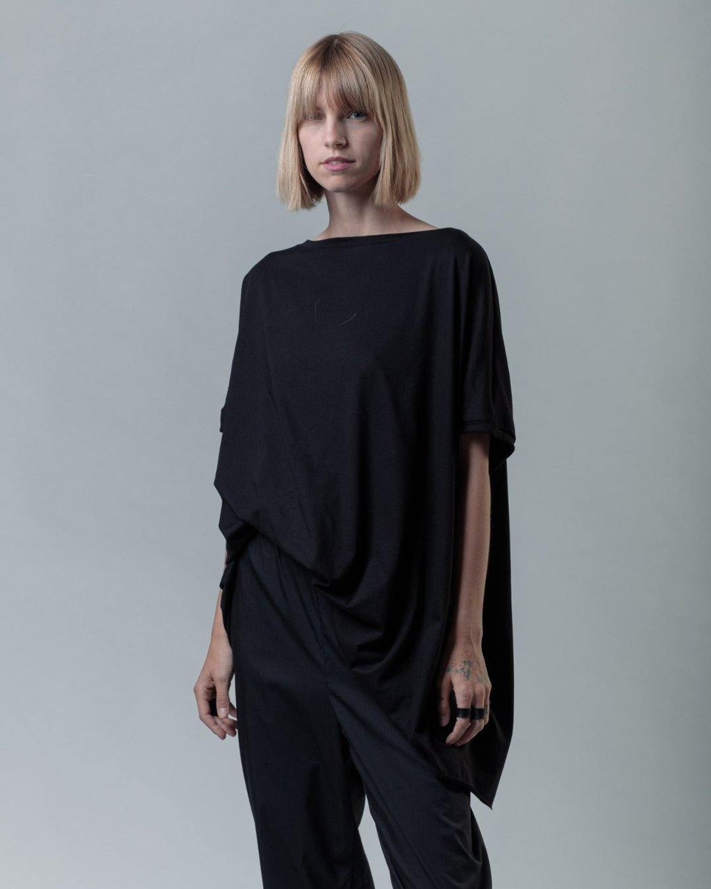 RECTANGLE UNISEX TOP
