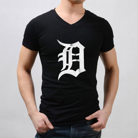 Detroit Tigers Old English D Men'S V Neck