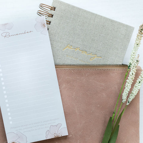 Remove Distractions: The Prayer Planner + Notepad Bundle - Plan to Pray