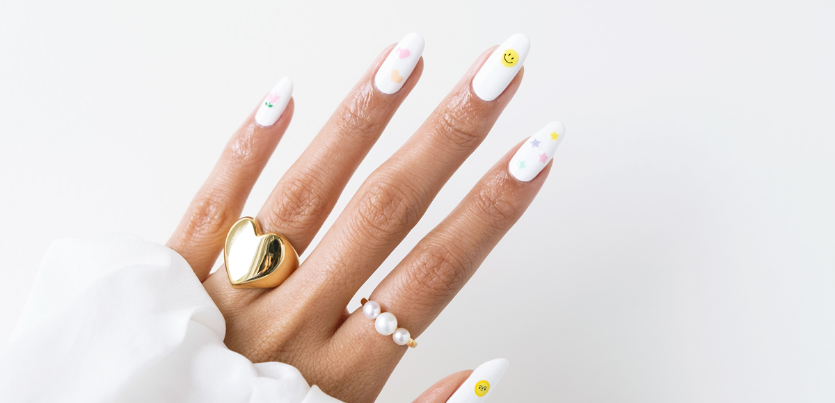 How to: Apply our Staycation Nail Stickers