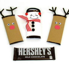 "12 Days of ""Craft-Mas"" – Day 1 – Winter Candy Bar Huggers"