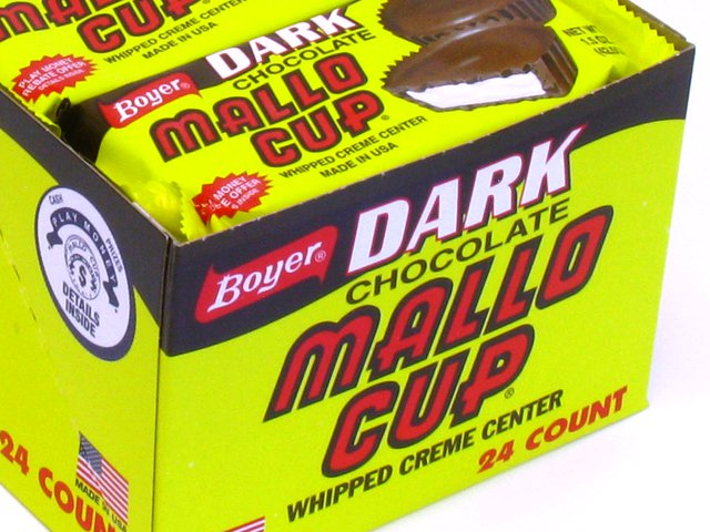 Mallo Cups Dark - 1.5 oz 2-pack - box of 24 (Candy)