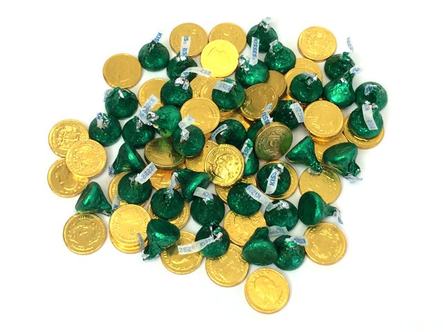 St Patrick's Day 2 lb Pot-O-Gold Chocolates