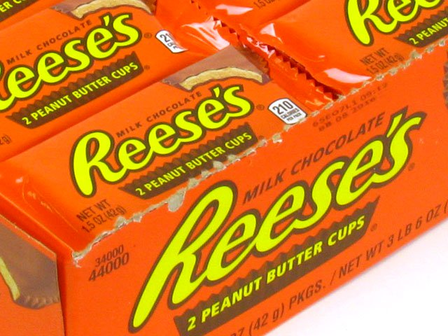 Reese's Peanut Butter Cups - 1.5 oz pkg - box of 36