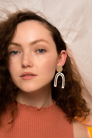 Otis Outline Earrings (Tan)