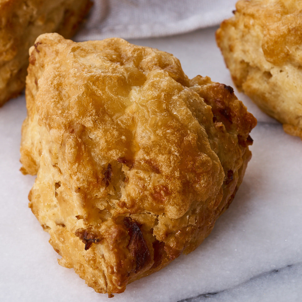 Caramelised Onion and Cheddar Scones (Box of 6)