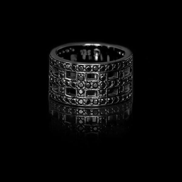 Cross Ring Black Rhodium / Black Swarovski