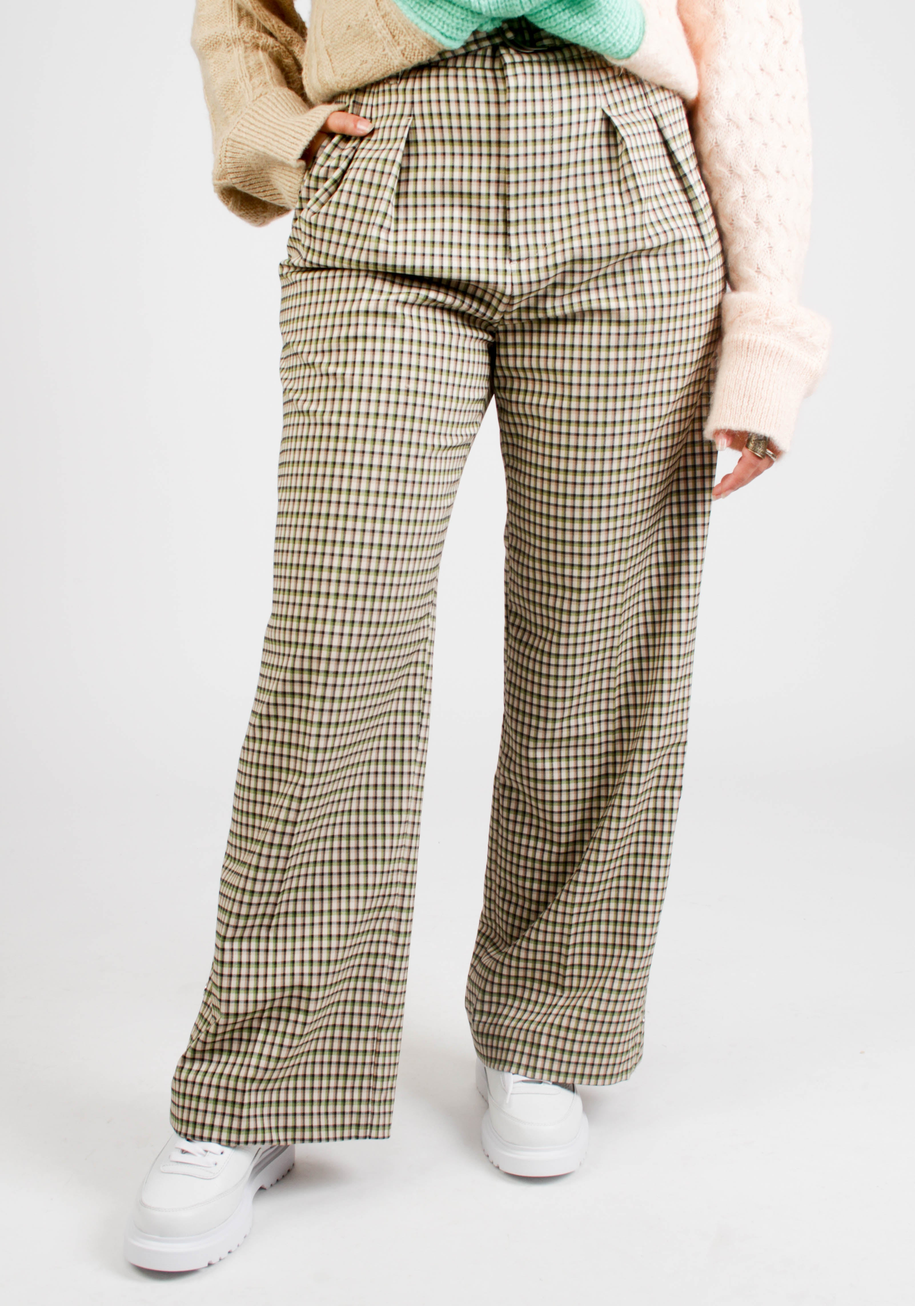 BELTED SEMI WIDE LEGGED SIDE SLIT TROUSERS